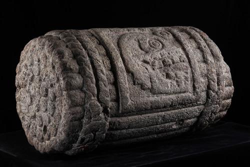 Escultura glifo o símbolo