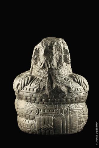 Escultura de Tezcacoatl