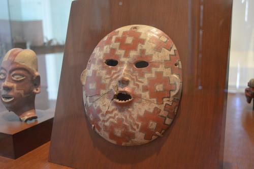 Máscara antropomorfa