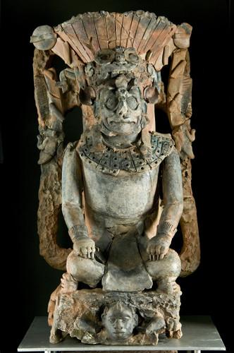 Antropomorfo Dios Jaguar del Inframundo