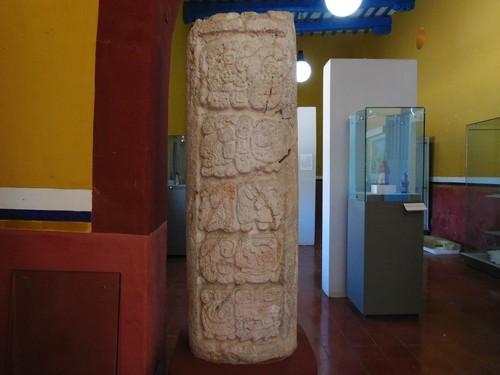 Diez glifos (inscripciones de fechas)