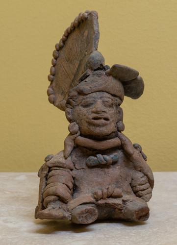 Antropomorfa masculina, sacedorte guerrero