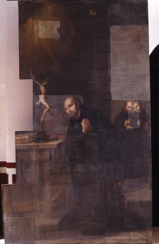 San Ignacio en oración ante un crucifijo