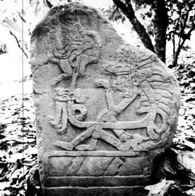 Estela 50 de Izapa llamada El señor del inframundo, reprografía