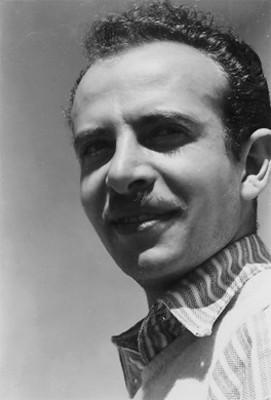 """Francisco Eppens Helguera, """"pintor de estampillas para correo"""", retrato"""