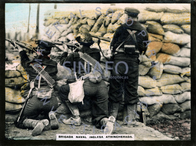 Brigada naval inglesa atrincherada