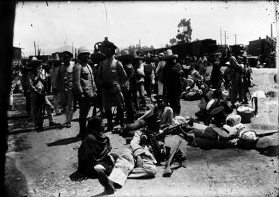 Tropas federales en la estación de Buenavista antes de salir a combate