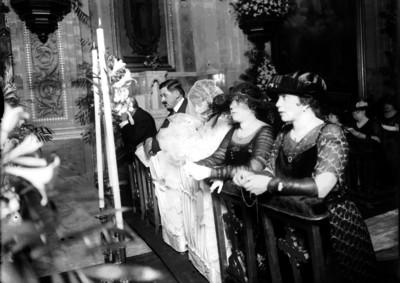 """""""Miguel Alessio Robles"""" en su boda religiosa"""
