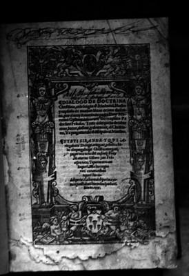 Dialogo de doctrina cristiana de Fray Maturino Gilberti, portada de libro