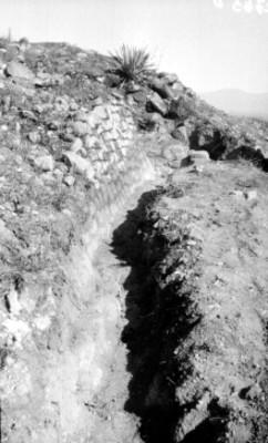 Vista de una cala de excavación en Xochicalco