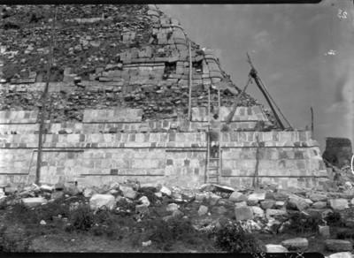 Reconstrucción del Castillo, detalle de una esquina
