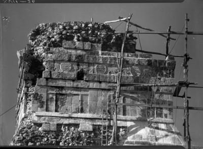 Revestimiento parte superior del Templo de los Tigres