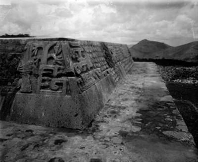Pirámide de la serpiente emplumada, detalle