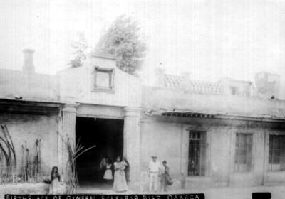 """Casa donde nació Porfirio Díaz, """"BIRTHPLACE OF GENERAL PORFIRIO DIAZ"""", reprografía"""