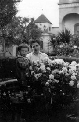 Señora García e hijo, retrato