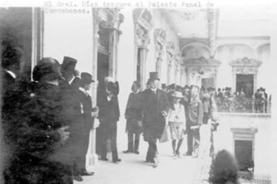 """""""El Gral. Díaz inagura el Palacio Penal de Cordobanes"""""""