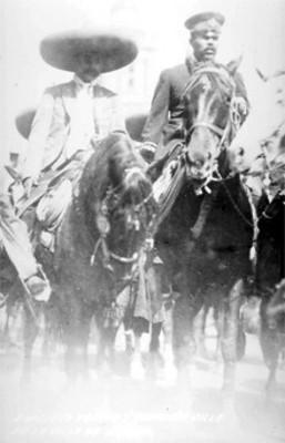 Emiliano Zapata y Francisco Villa en la Ciudad de México