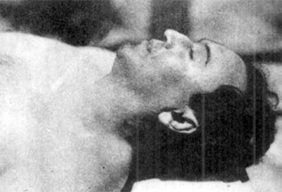 El cadáver del general Carlos A. Vidal en las planchas del Anfiteatro del Hospital Militar