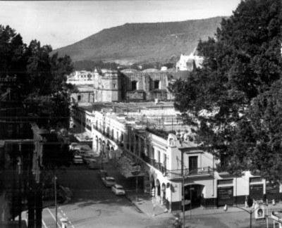 Portales e iglesia de Oaxaca