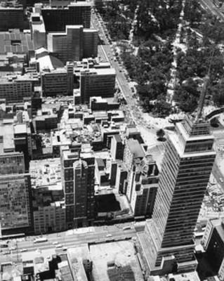 Torre latinoamericana y edifcios aledaños, vista panorámica