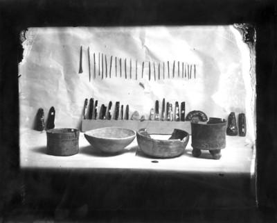 Cerámica y lítica teotihuacana