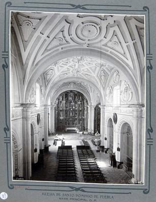 Nave principal, vista hacia el altar