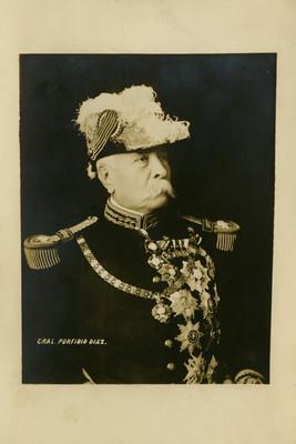 """""""Gral. Porfirio Díaz"""", presidente, retrato"""