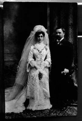 Francisco I. Madero con su esposa en su boda, retrato