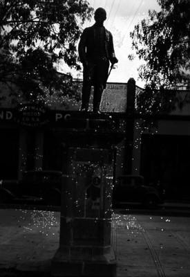 Leandro Valle, estatua en Paseo de la Reforma
