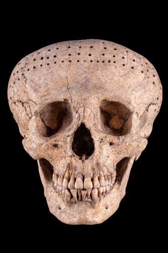 Máscara-cráneo