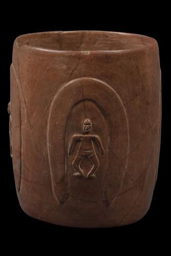 Vaso cilíndrico con figura humana