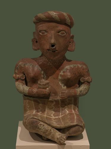 Figura femenina de la tradición Ixtlán