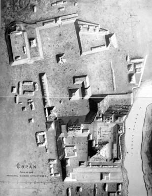 Plano de las estructuras pirámidales de Copán