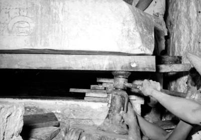 Vista de los trabajos de investigación en la Tumba de Pakal