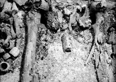 Detalle de la pelvis de Pakal, osamenta