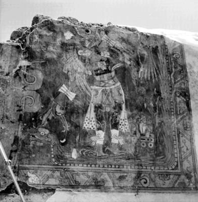 Pintura del hombre-pájaro, muro sur, pórtico A