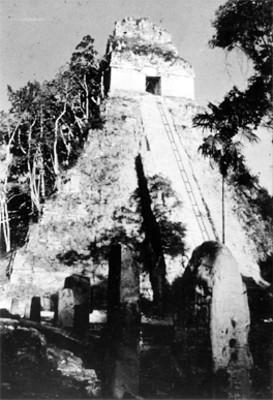 Templo I durante su restauración
