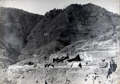 Trabajos de excavación y restauración en las estructuras II y III de Malinalco